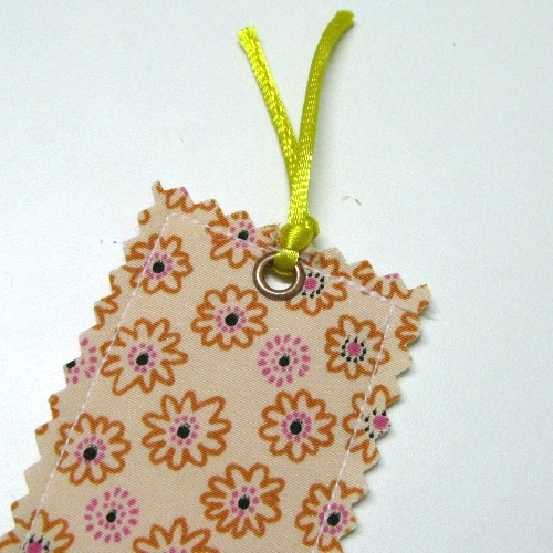 Fabric Bookmark Tutorial 06